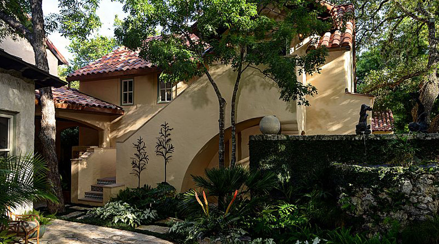 E. C. (Cee) Parker, Architect - Traditional Residential Design in San Antonio and Surrounding Areas by E. C. (Cee) Parker.